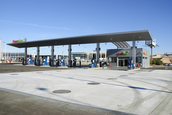 Achtung beim Zahlen an der Tankstelle Was sollte man an der Tankstelle beachten Falsch getankt...png