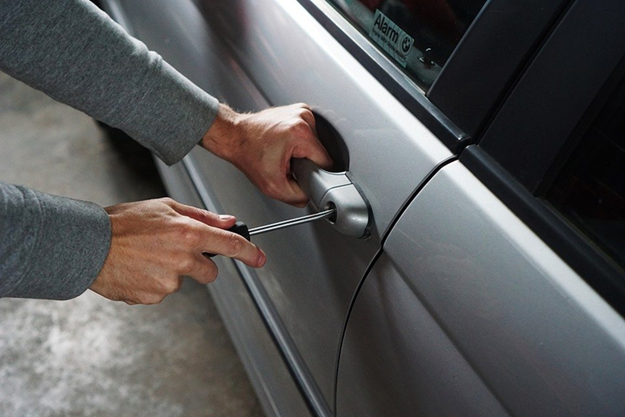 Autodiebstahl im Ausland Autoklau im Ausland Auto im Ausland gestohlen Auto im Ausland geklaut...png