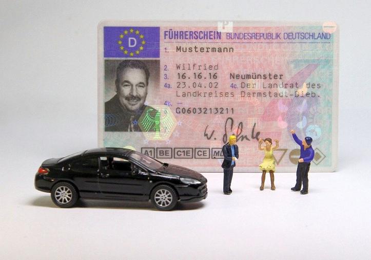 #Corona,#Führerschein,#Verlängerungsfristen,#Drittstaaten,#Berufskraftfahrerqualifikation,#Cov...png