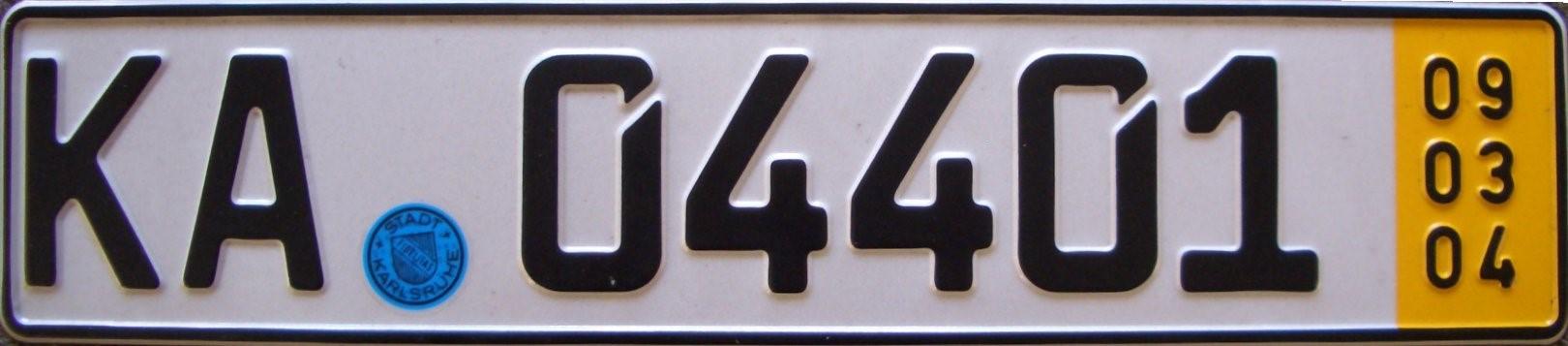Kurzzeitkennzeichen,gelbes Kennzeichen,5-Tage-Kennzeichen,Ersatz für rotes Kennzeichen,Überfüh...jpg