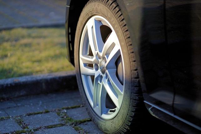 Reifen mit Stickstoff füllen Stickstoff in Reifen füllen Soll man Stickstoff oder Sauerstoff i...png
