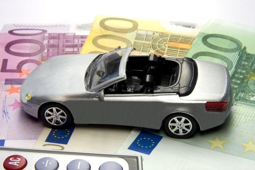 Autokauf-Thorben-Wengert_pixelio.de_.jpg