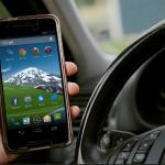 Strafen bei Smartphone am Steuer im Ausland - Liste für Bußgeld bei Handy am Steuer im Ausland
