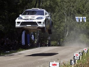 04_FocusRS-WRC_Jump_Wallpaper-1.jpg
