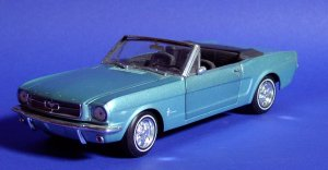 Ford_Mustang_Convertible1965.jpg